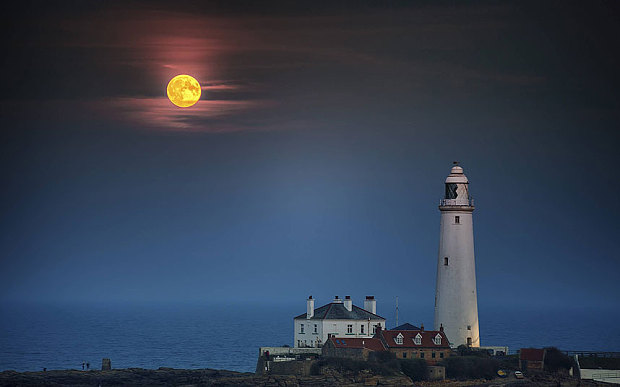 Supermoon-Whitley-_3455373b